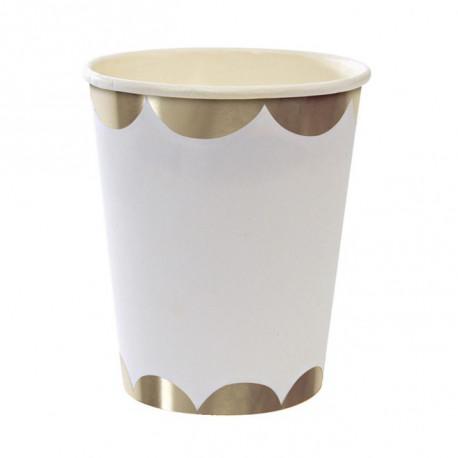 Sølvbølget kant på hvide papkrus fra Meri Meri