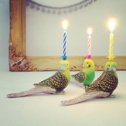 Undulat lysholder som caketopper til fødselsdagskage
